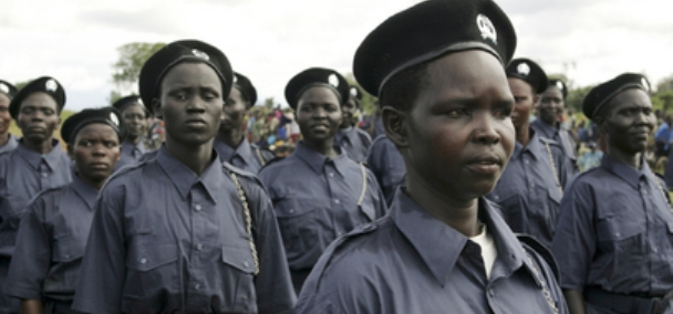 A view of the graduation ceremony for 493 newly trained police officers, former Sudan People's Liberation Army (SPLA) soldiers, trained with the assistance of the United Nations Mission in Sudan (UNMIS). UN Photo/Tim McKulka